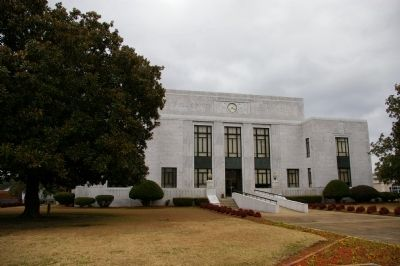 Mitchell County Courthouse image, Touch for more information