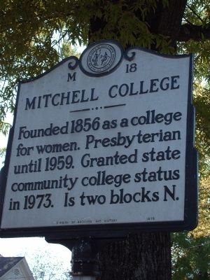 Mitchell College Marker image. Click for full size.
