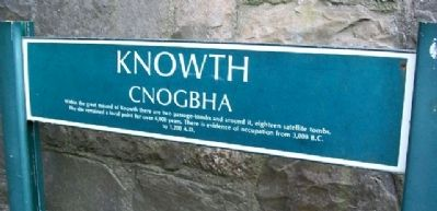 Knowth / Cnogbha Marker image. Click for full size.
