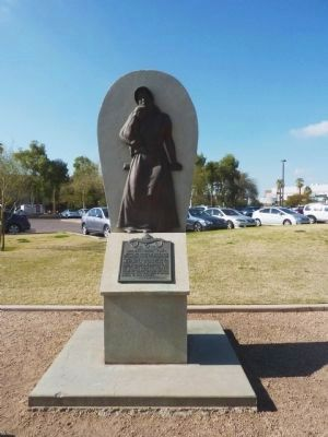 Arizona's Pioneer Women Statue image. Click for full size.