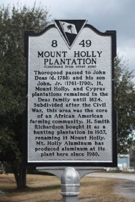 Mount Holly Plantation side of Marker image. Click for full size.