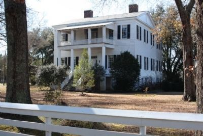 Oakland Plantation image. Click for full size.