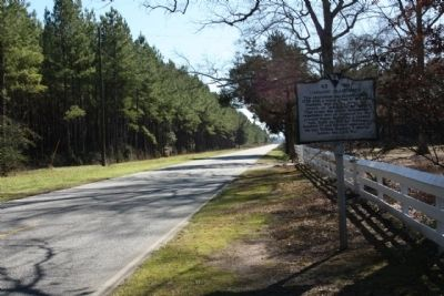 Oakland Plantation Marker looking south along Boykin Road (State Road 261) image. Click for full size.