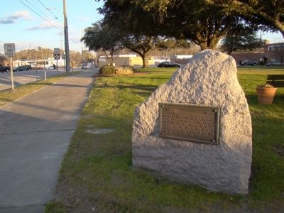 DAR Battle of Elizabethtown Monument image. Click for full size.