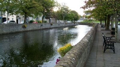 River Carrowbeg Near MacBride Monument image. Click for full size.