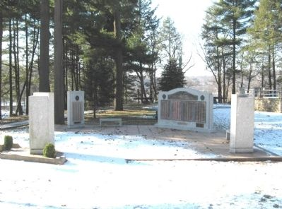 Veterans Grove Memorials in French Memorial Park image. Click for full size.