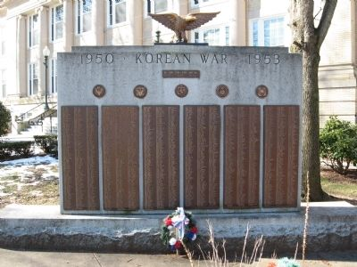 Wallingford Korea War Monument image. Click for full size.