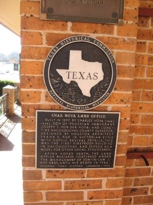 Chas. Hoya Land Office Marker image. Click for full size.