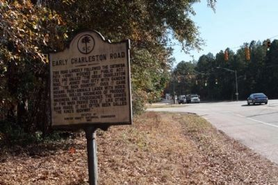 Early Charleston Road Marker as seen looking north along North King's Highway (State Road 261) image. Click for full size.