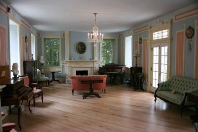 Burritt Mansion Parlor image. Click for full size.