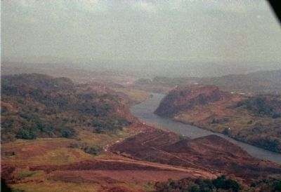 Galliard Cut of the Panama Canal. Contractors Hill seen on the left, image. Click for full size.