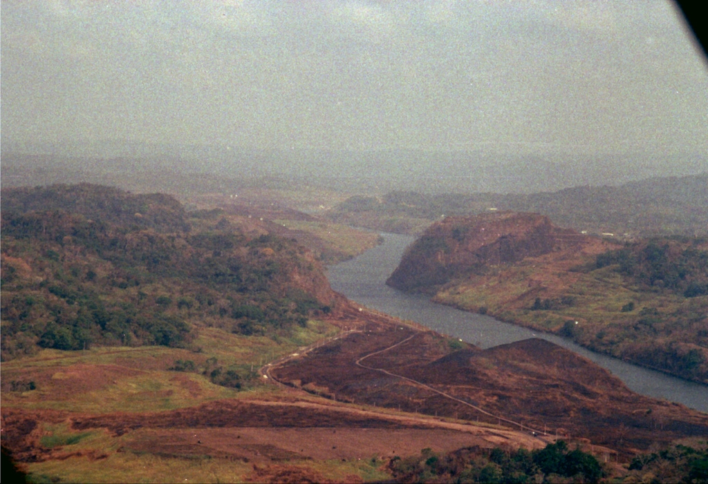 Galliard Cut of the Panama Canal. Contractors Hill seen on the left,