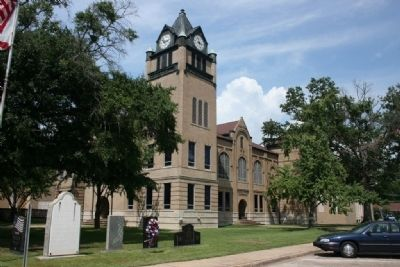 Autauga County Courthouse image, Touch for more information