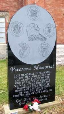 Sabina Veterans Memorial image. Click for full size.