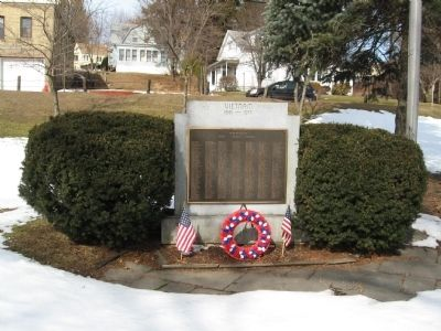 Plymouth Vietnam Veterans Memorial image. Click for full size.