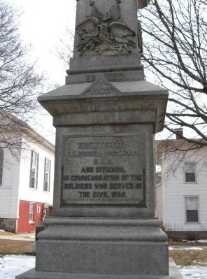 Thomaston Soldiers Memorial image. Click for full size.