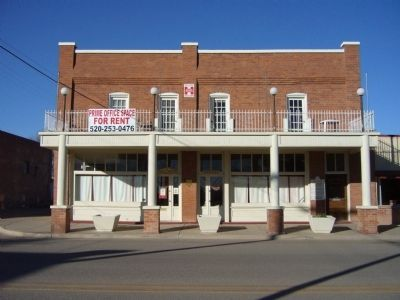 Willcox Commercial Hotel image. Click for full size.