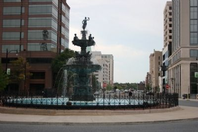 Court Square Fountain (Artesian Basin) and Commerce Street image. Click for full size.