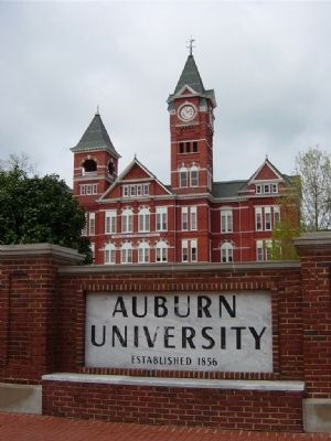 Auburn University's Samford Hall, built in 1888 image. Click for full size.