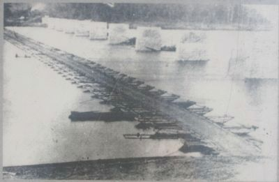The Pontoon Bridge Across the Tennessee River image. Click for full size.