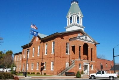 Chesterfield Courthouse image. Click for full size.