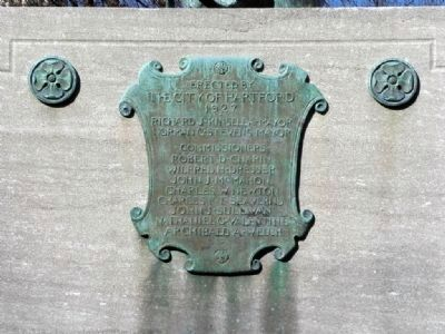Spanish War Veterans Memorial Marker image. Click for full size.