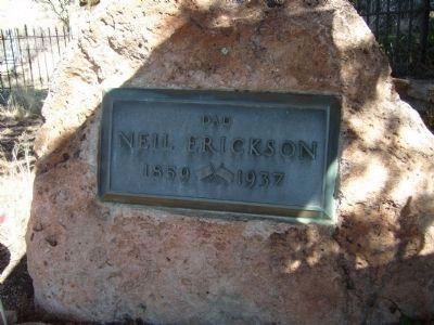 Neil Erickson Grave Site image. Click for full size.