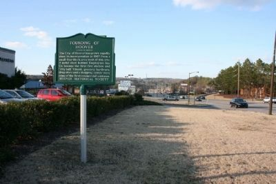 Founding Of Hoover Marker Northbound view along Montgomery Highway image. Click for full size.
