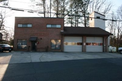 The current Hoover Fire Station near the original site. image. Click for full size.