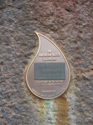 Small Plaque next to the Marker image. Click for full size.
