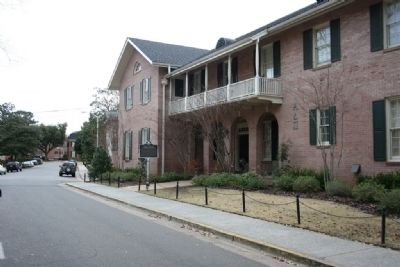 Alpha Delta Pi Marker and Sorority House image. Click for full size.
