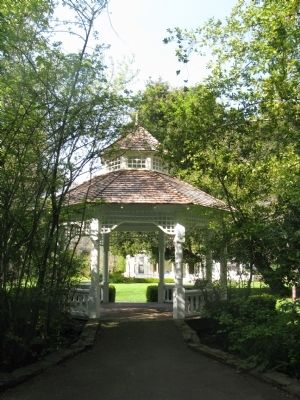 The Gazebo image. Click for full size.