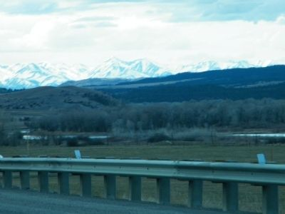 Yellowstone River along I-90 image. Click for full size.