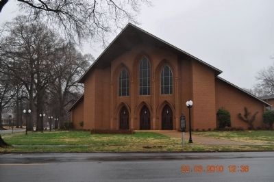 Wood Avenue Church of Christ image. Click for full size.