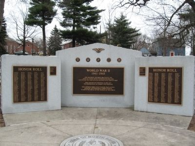 North Haven World War II Monument image. Click for full size.