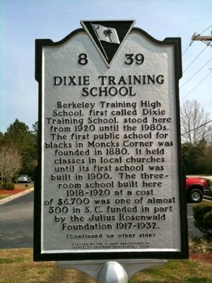 Dixie Training School / Berkeley Training High School Marker (front) image. Click for full size.
