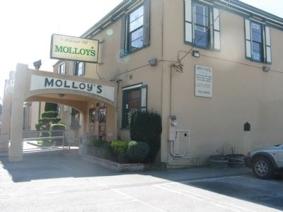 Molloy's Tavern and Marker on Side Wall image. Click for full size.