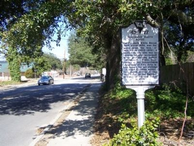 Elizabeth White House Marker, looking north along North Main Street image. Click for full size.