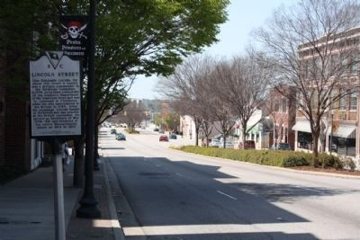 Lincoln Street Marker, looking back west along Gervais Street (US 1, US 378) image. Click for full size.