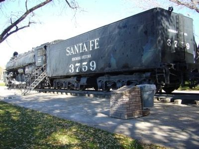 Santa Fe Locomotive No. 3759 and Marker image. Click for full size.