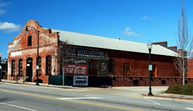 Cigar Warehouse<br>East Side image. Click for full size.