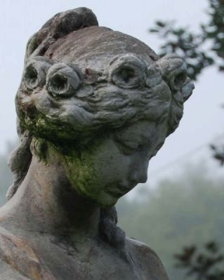 Cokesbury Garden Statue -<br>Face Detail image. Click for full size.