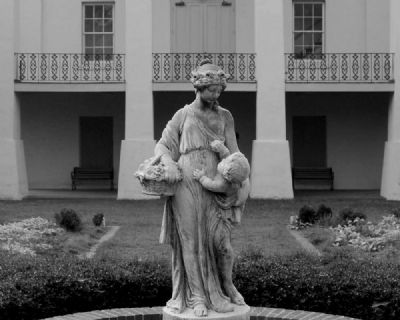Cokesbury Garden Statue with<br>Masonic School in Background image. Click for full size.