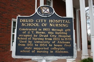 Druid City Hospital School Of Nursing Marker image. Click for full size.