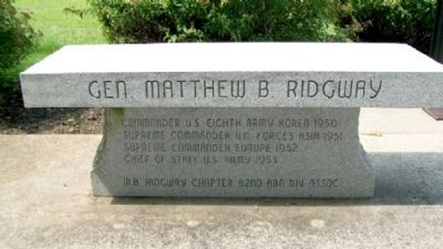 Ohio Korean War Memorial Ridgway Bench image. Click for full size.