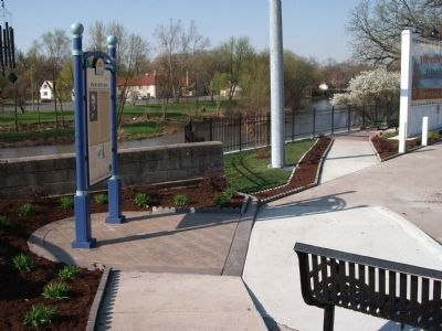 Vermilion River Walk-way & 'Lincoln Slept Here Marker' image. Click for full size.