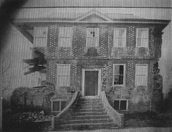 Archdale Hall image. Click for full size.