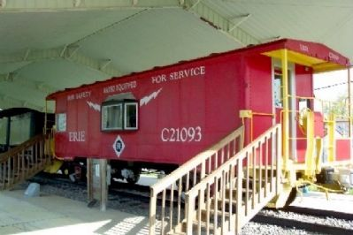 Workman's Crew Caboose and Marker image. Click for full size.