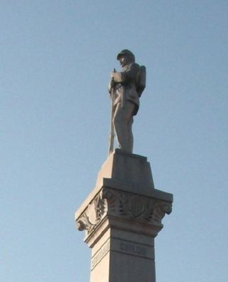 Right View - - Top Statue image. Click for full size.