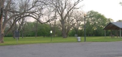 Beason's (Beeson's) Crossing Marker in park. image. Click for full size.